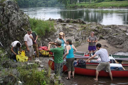 Hemlock Pete's Ultralight Canoes and Kayaks - Rentals