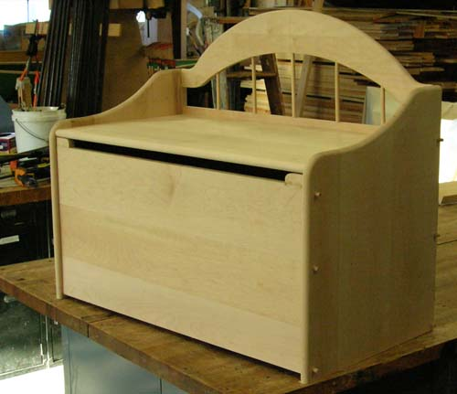 Toy box (under construction) - hard/sugar maple